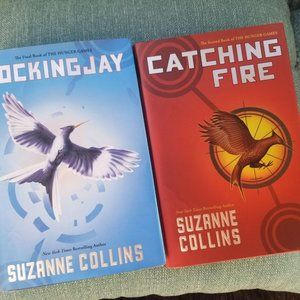 Hunger Games hard cover bundle by Suzanne Collins